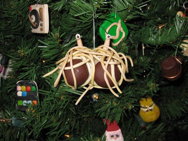 Flying spaghetti monster christmas gift